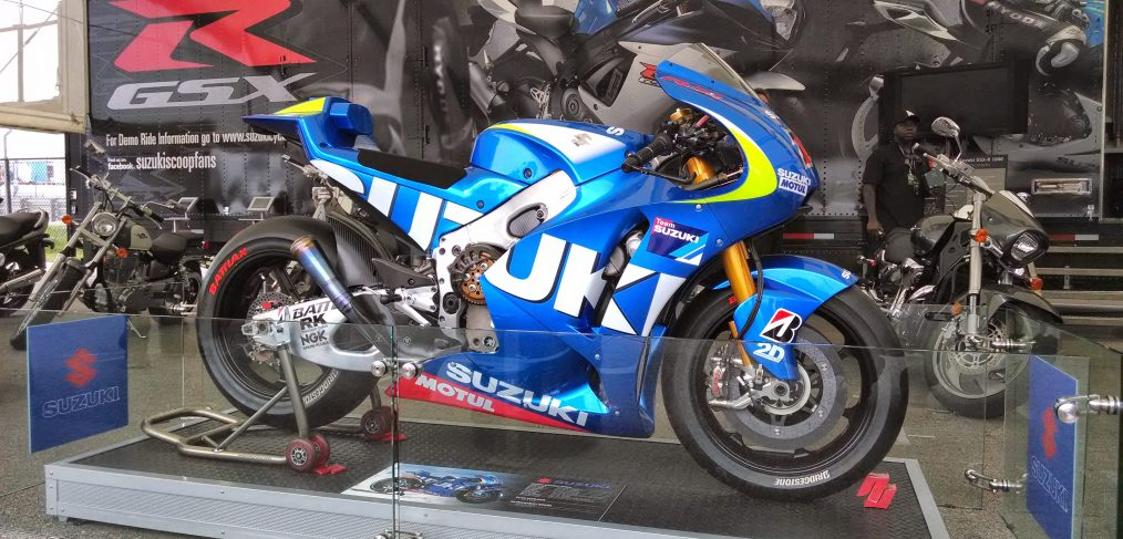 The Suzuki XRH-1 on display in the pits before the second round of the USGP
